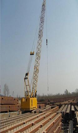 70吨履带吊